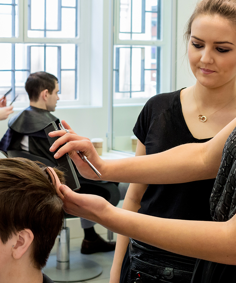 how to start a hairdressing apprenticeship